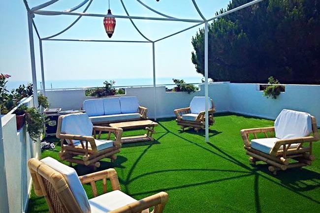 Terrazze e balconi giardini in erba sintetica di alta qualità
